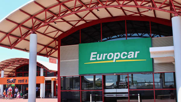 Faro Airport Car Hire For 18 To 99 Years Compare Hertz Avis Budget