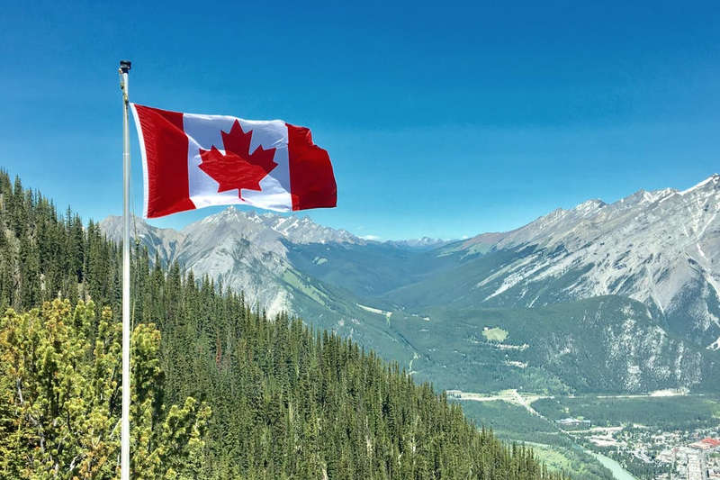 Canada Car Hire For 20 To 99 Year Olds Torronto Vancouver